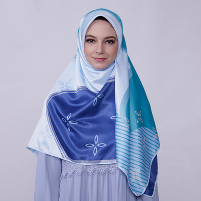 Joanna Scarf Light Navy