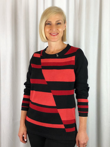 For a modern twist this winter try our Intarsia Knit Pullover with fashionable colour blocking for a fun, up to date look. Made from Italian Yarn consisting of 50% Merino Wool & 50% Acrylic its light, warm and fully washable.