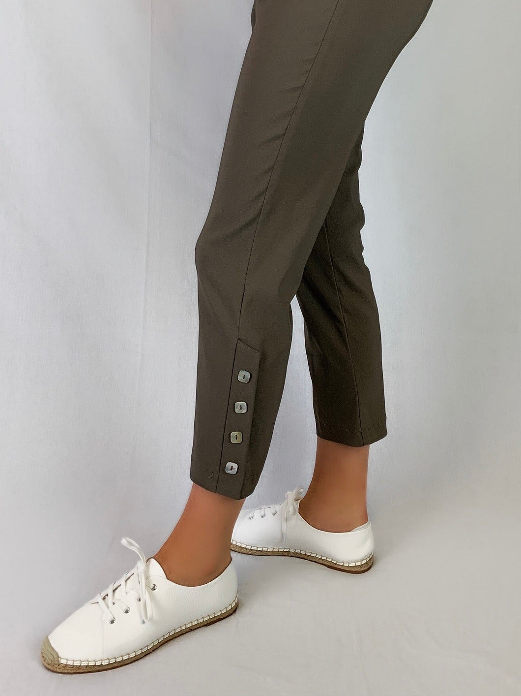 Our Corsican 7/8 Marina Pant made from Bengaline and Lycra are one of our most popular styles of pant. Redesigned with a slightly tapered leg, they feature four shimmering mother of pearl square buttons on the side and an elastic waist allowing you the freedom to move. Available in six classic colours they're fully washable and best of all