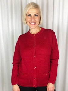 Slade Knitwear is an iconic Australian brand that has been designing and manufacturing quality women's knitwear for over 70 years. Made from 100% Pure Wool this Bubble Stitch Cardigan with two pockets is a true classic. You can't go past Slade for winter knitwear.