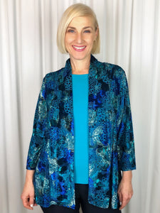 There's nothing more luxurious than the richness of velvet! Our 3/4 Sleeve Terrigal Edge to Edge Jacket is sumptuous and elegant for Autumn/Winter. Perfect for a special occasion or and evening out, the burnout velvet print in radiant jewel tones will have you sparkling. Team it with one of our camis in a coordinating colour to highlight the print. Made in Australia from Poly/Spandex, it's fully washable and drips dry with no ironing required.
