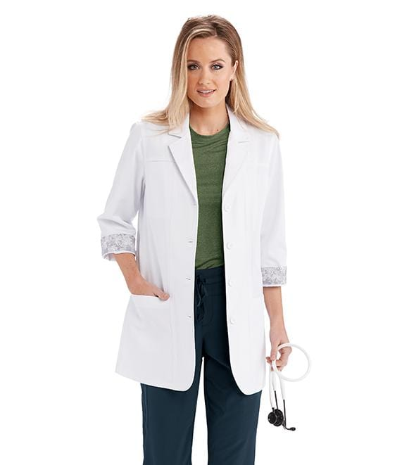 "Barco One Team Women's 30"" 3 Pocket 3 Quarter Sleeve Lab Coat - LBC906 - ScrubHaven"
