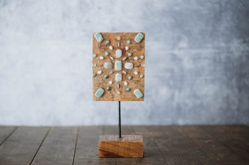 Mango Wood Gemstone Sunburst Stand