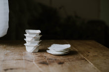 Load image into Gallery viewer, Set of 4 Tiny Porcelain Planters
