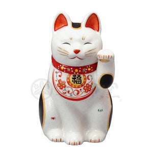 Maneki-neko with Arabesque Apron, H20cm, Calico Cat, Left Paw Up, Invites Good Luck, Lucky Cat / Fortune Cat