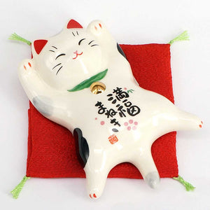 Maneki-Neko Full Stomach of Happiness, H3.5cm, Dilute Calico Cat, Both Paws Raised, Lucky Cat / Fortune Cat
