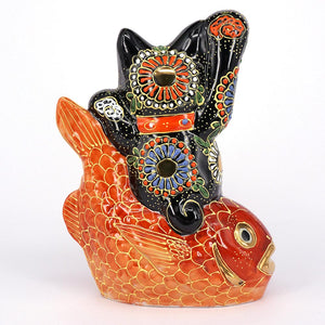 Exotic Maneki-Neko on Tai Fish, Black