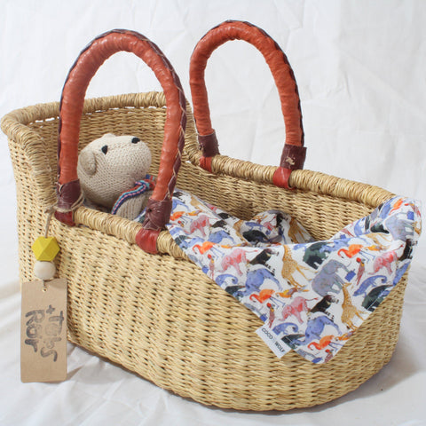 Mini Me Moses Basket for Dolls, Teddies or Toys