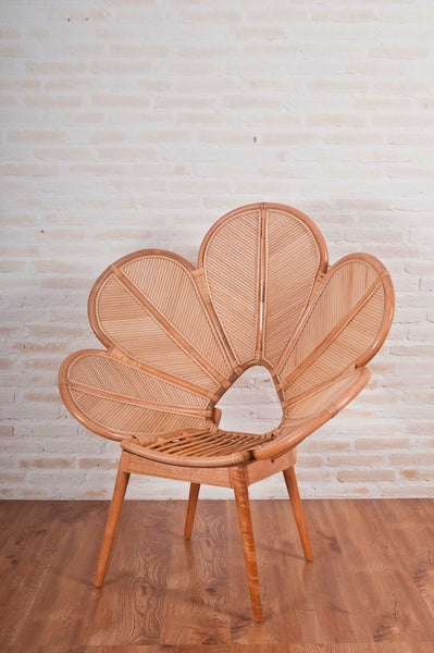 Natural rattan Feature Chair