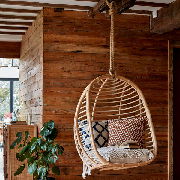 Zulu-Hanging-Egg-Chair-The-Rattan-Company