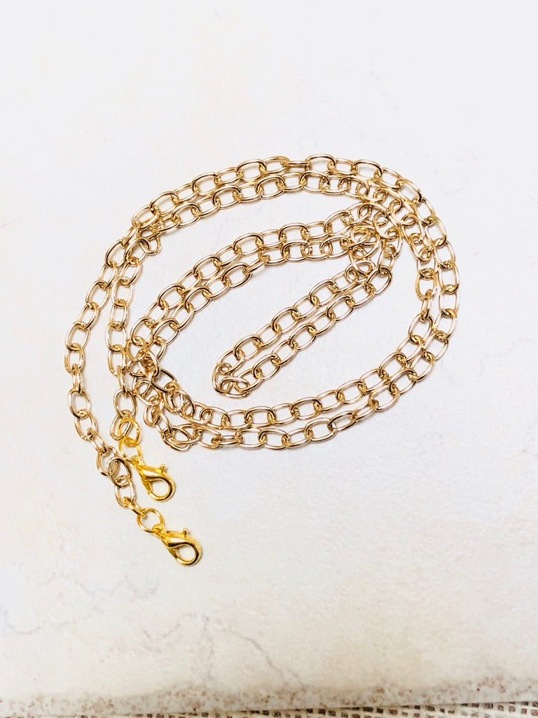 SOFIA Gold Face Mask Chain