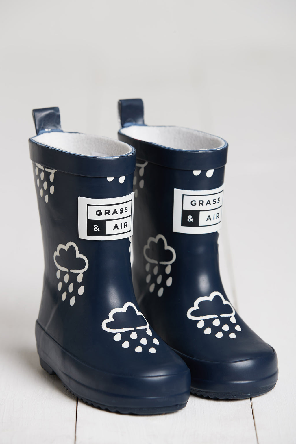 Grass & Air Navy Colour Changing Wellies