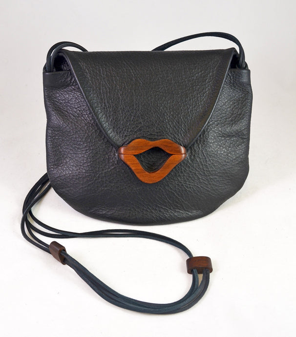 Gabby Lips Purse LLB (black) by Kimberly Chalos