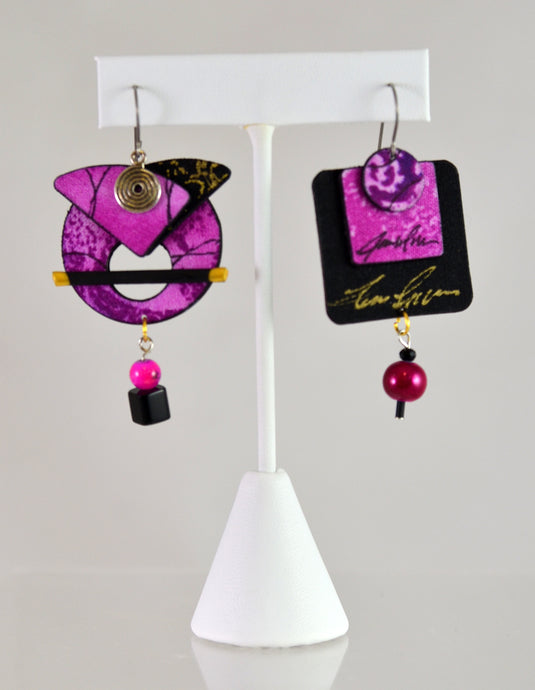 Asymmetric Earrings (fuchsia/black) by Blue Palms Fiber Art