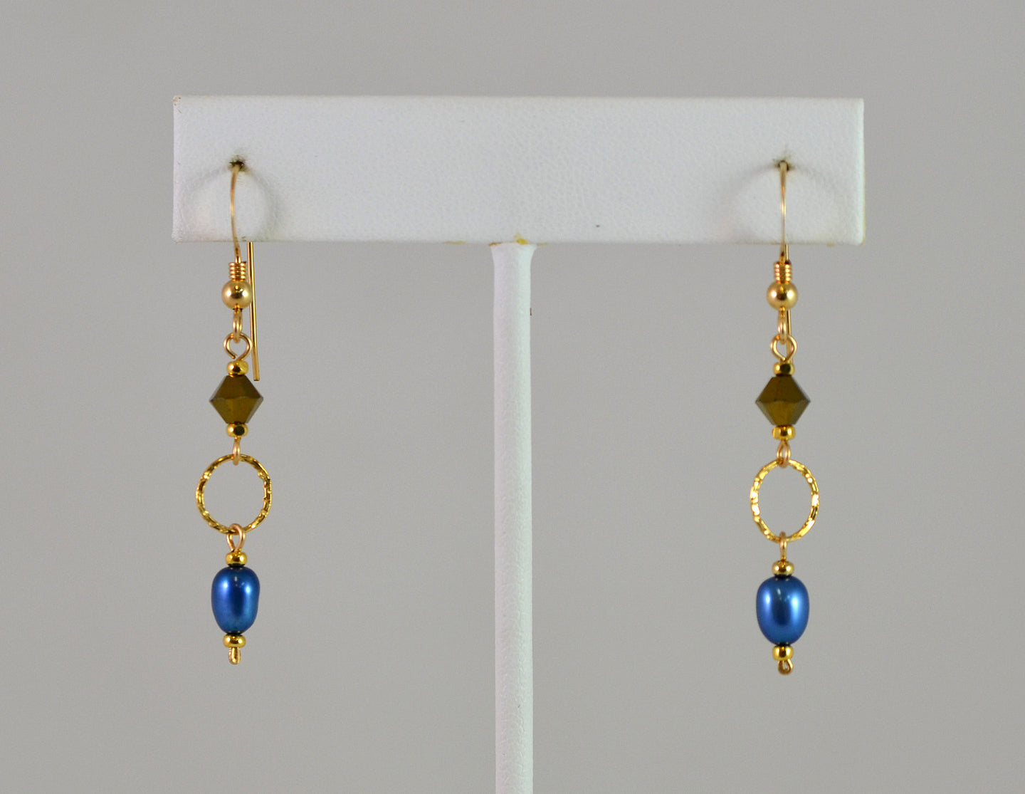 Earrings EG Sass, Royal Pearl by Cynthia Bloom