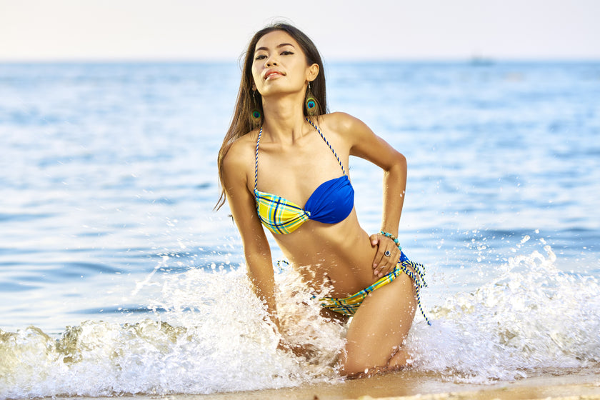 12 Ultra Sexy Swimsuits That Show You In Best Light
