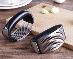 Ergonomic Hand Press Garlic Mincer