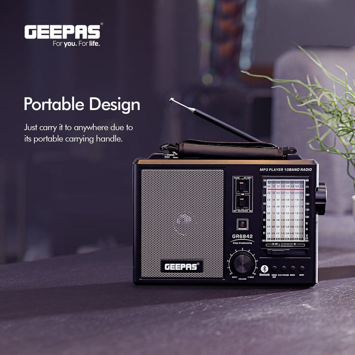 Rechargeable Portable Radio Radio Geepas | For you. For life.