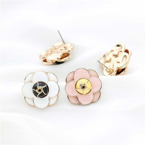 Sweet Rose Classic Stud Earrings