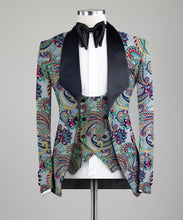 Load image into Gallery viewer, Digital Printed Paisley Colorful Three Pieces Tuxedo