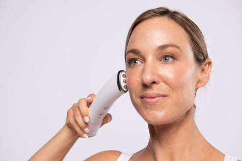 Image of Microcurrent Facial Toning Device - 3-In-1 Hot/Cold Anti-Aging and Acne Treatment Device - Heavenly Skin HQ