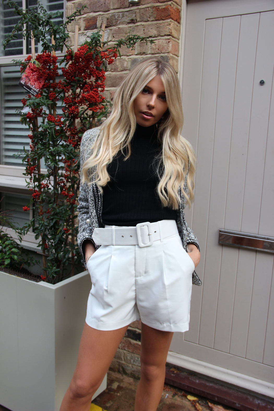 Aiko White Belted Shorts - Lavand Stories