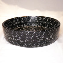 Load image into Gallery viewer, Black Patterned Soapstone Bowl