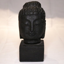 Load image into Gallery viewer, Stone Face Sculpture