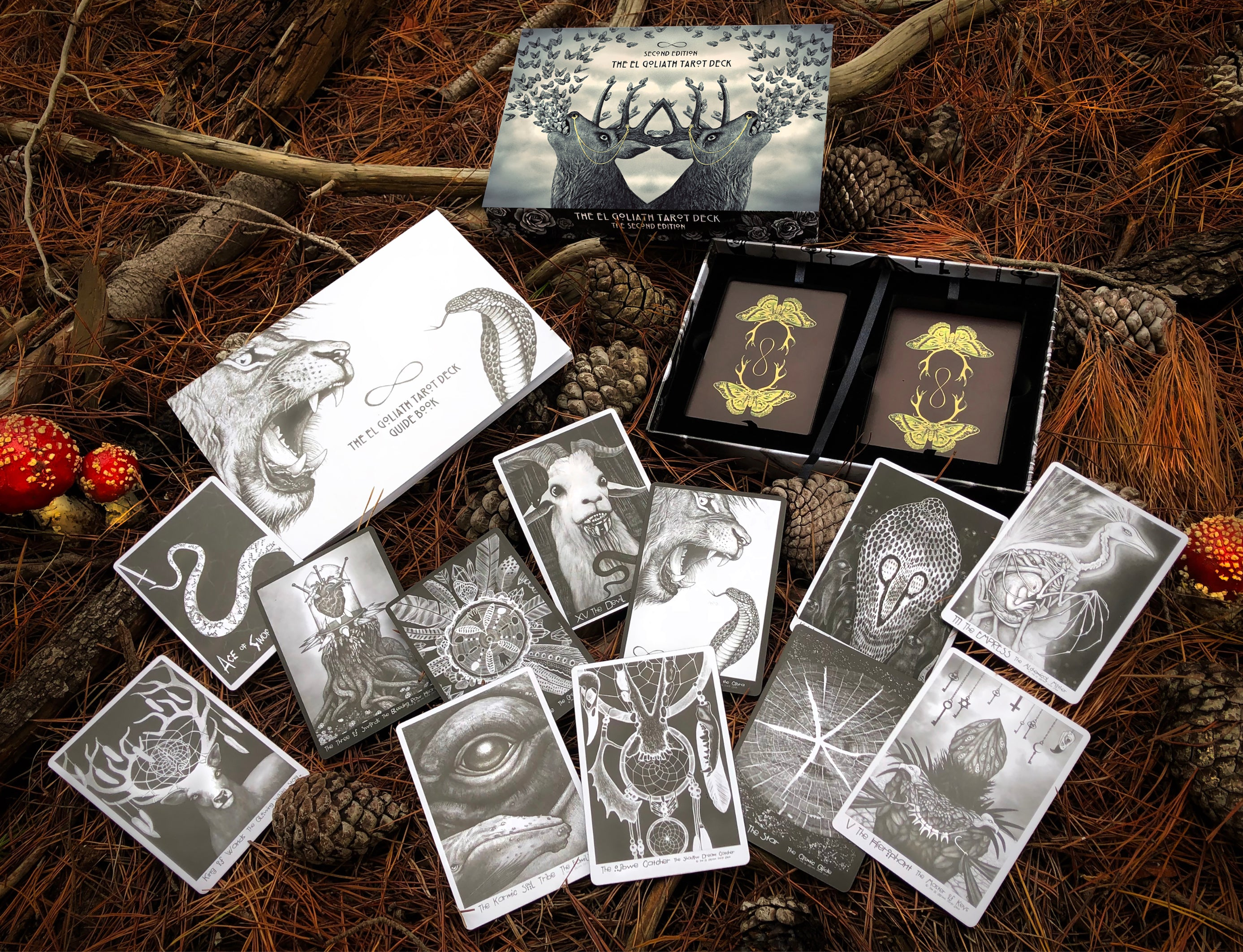 El Goliath Tarot Deck - Second Edition