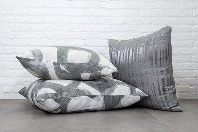 Cushion in Canvas Graphite - Zanders & Co