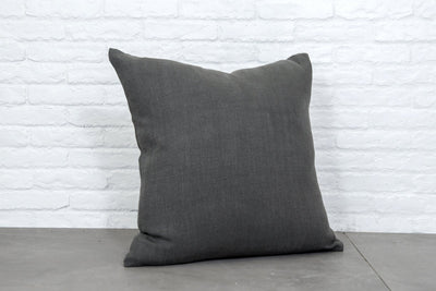 Cushion in Eternal Carbon - Zanders & Co