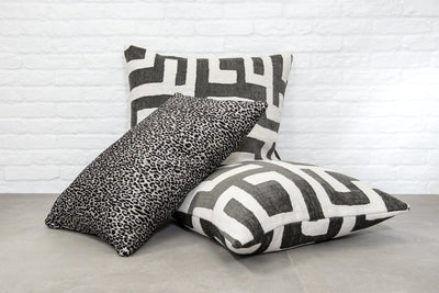 Cushion in Kuba Cay Dalmatian - Zanders & Co
