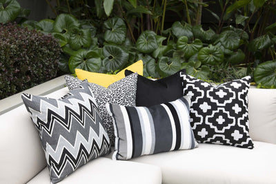 Cushion in Nomadic Onyx OUTDOOR - Zanders & Co