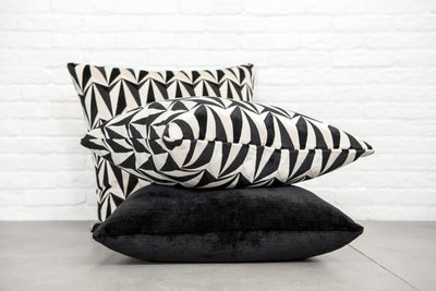 Cushion in Origami Rockets Monochrome - Zanders & Co