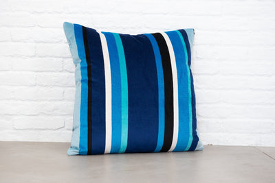 Cushion in South Beach Stripe Sapphire OUTDOOR - Zanders & Co