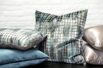 Cushion in Tobia Cerulean - Zanders & Co