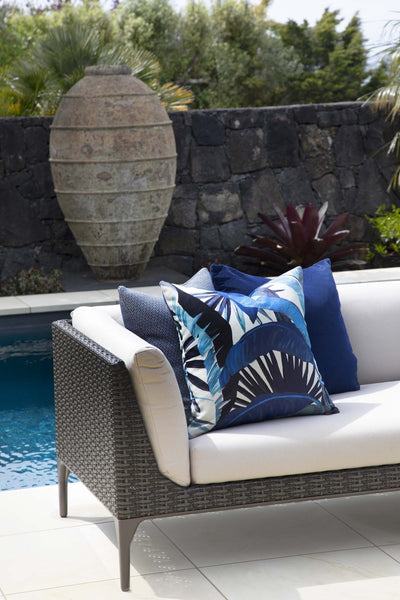 cushion throw pillow in Tropicalia | Porcelain Blue OUTDOOR - Zanders & Co