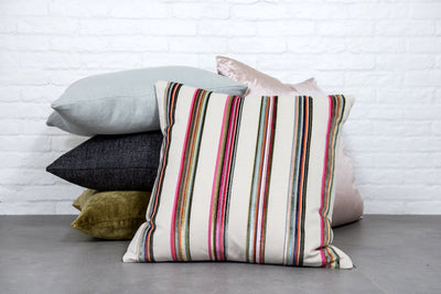Cushion in Umbala Peony - Zanders & Co