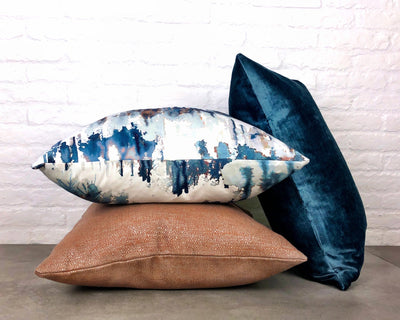 cushion throw pillow in ZANDERS 002 | GET THE LOOK - Zanders & Co