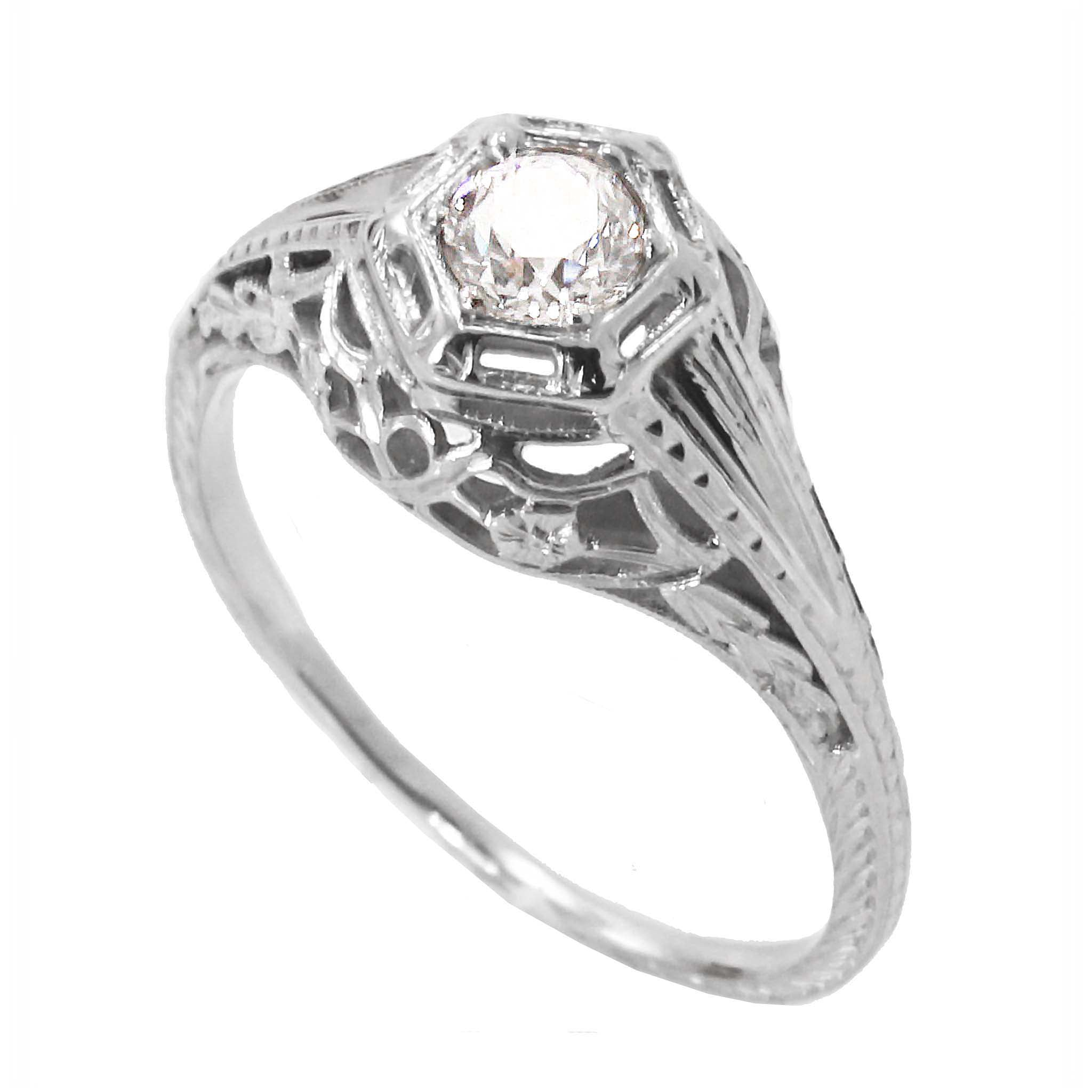 Art Deco Vintage .34 ct Diamond & 18k White Gold Filigree Ring Front