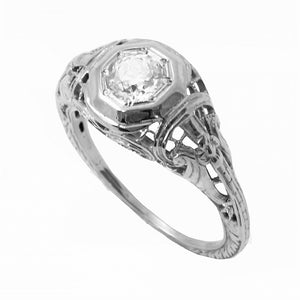 Art Deco Vintage .42 ct Diamond & 14k White Gold Filigree Ring Front
