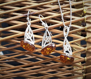 Silver And Amber Sailboat Set
