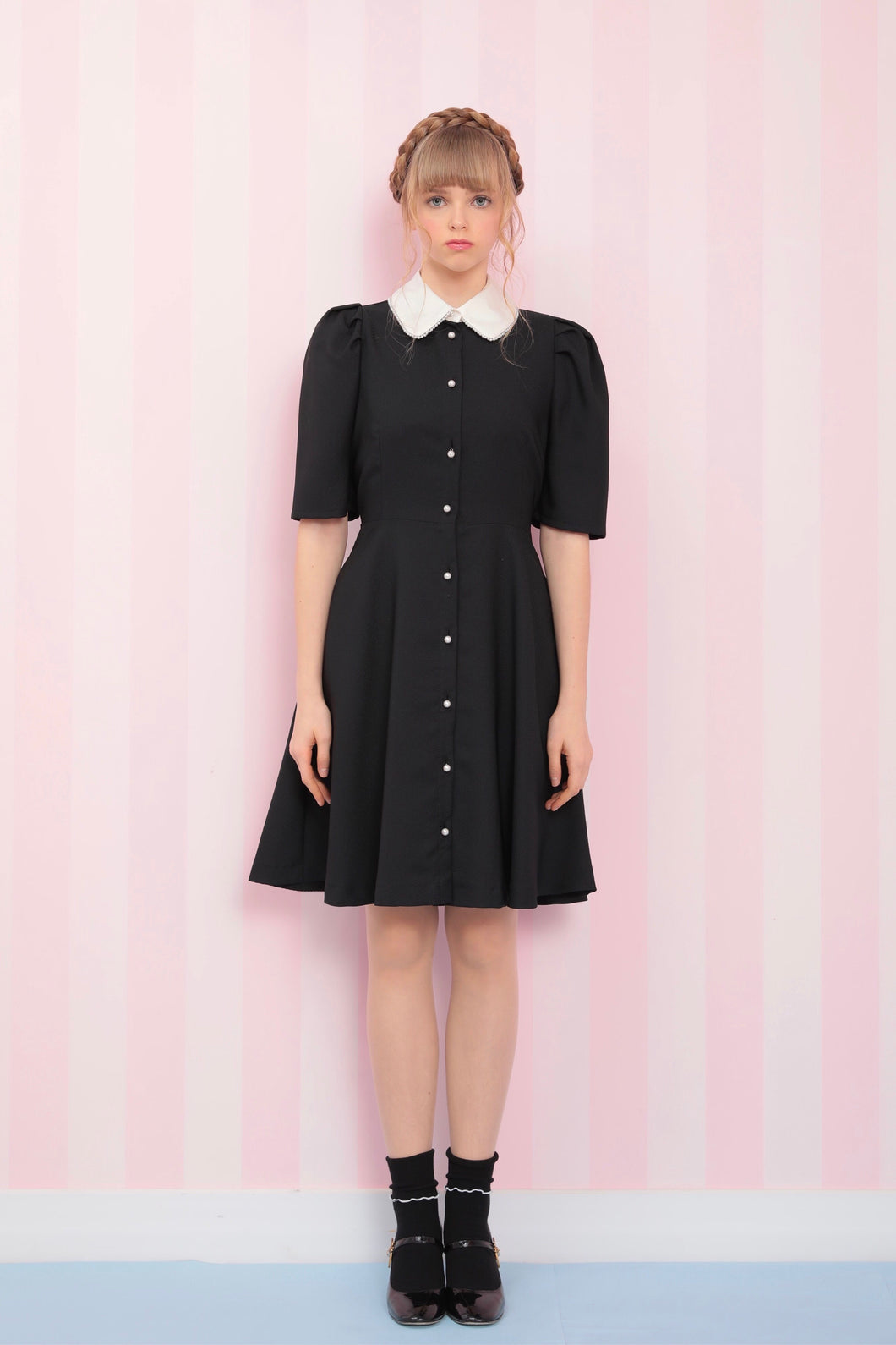 Pearl collar one-piece (black) - Poupee Boutique