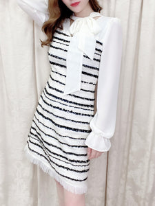 Bowtie tweed one-piece (white/black)