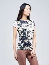 Load image into Gallery viewer, Ressi Tee Ivory/Black Lunar