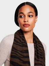 Load image into Gallery viewer, Zebra Mini Travel Wrap Chestnut Heather/Black