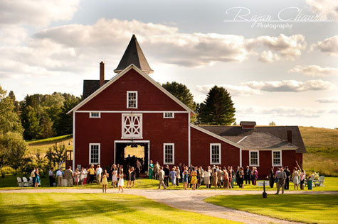 Rustic Vermont Barn Wedding Location As I Was Looking Around The Usually Blogs This Weekend Found A Great For