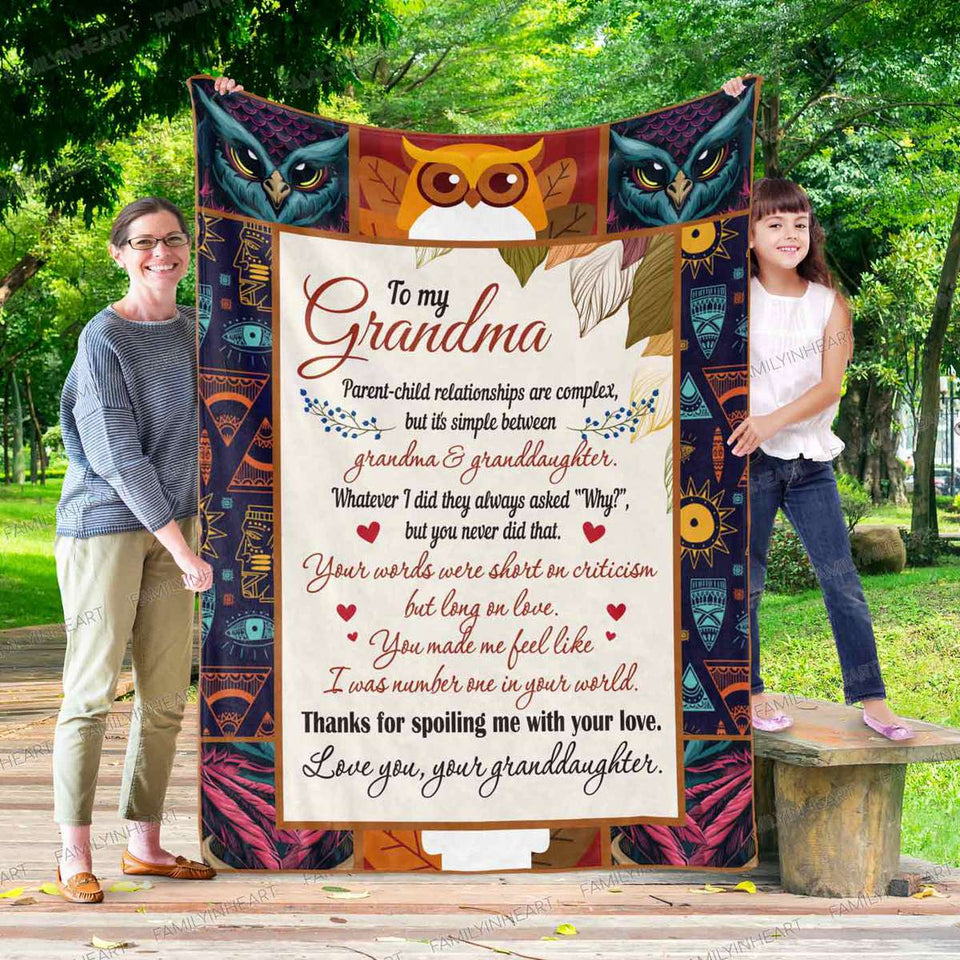 RN0544 - Grandma & Granddaughter - Blanket