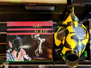 GAS MASK & WATER PIPE Gas Mask iSmokeShop