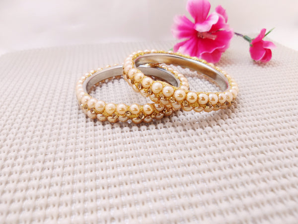 Lac Bangles - Golden with pearls